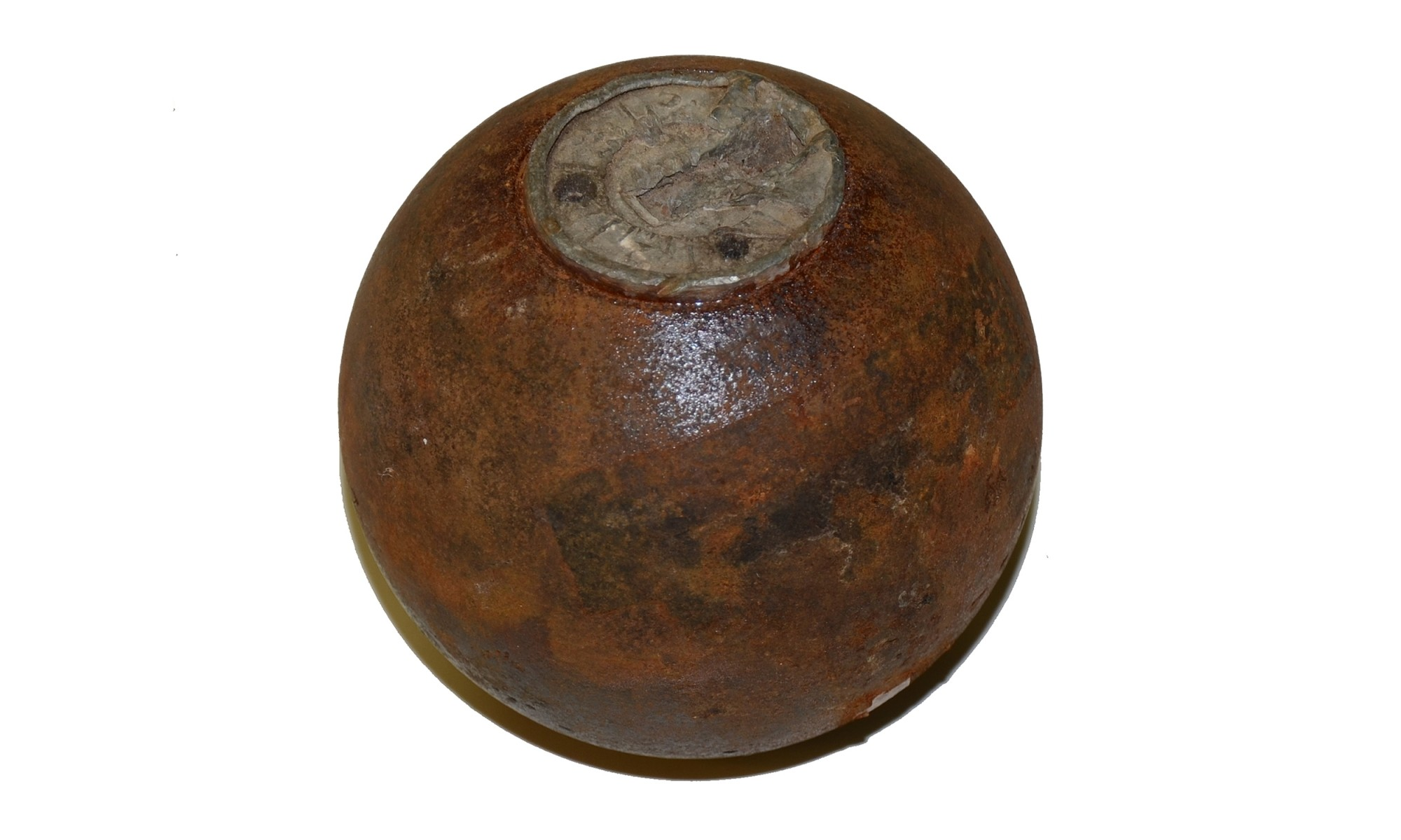 CONFEDERATE 3.67 INCH 6 PDR SPHERICAL SHELL WITH CONFEDERATE COPY OF A BORMANN FUSE