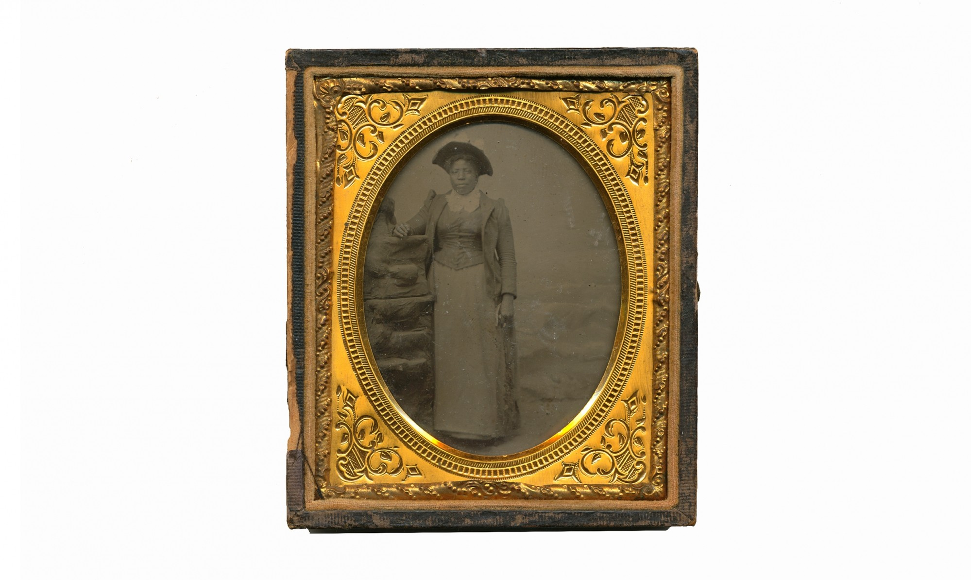 SIXTH PLATE TINTYPE OF A YOUNG AFRICAN AMERICAN WOMAN