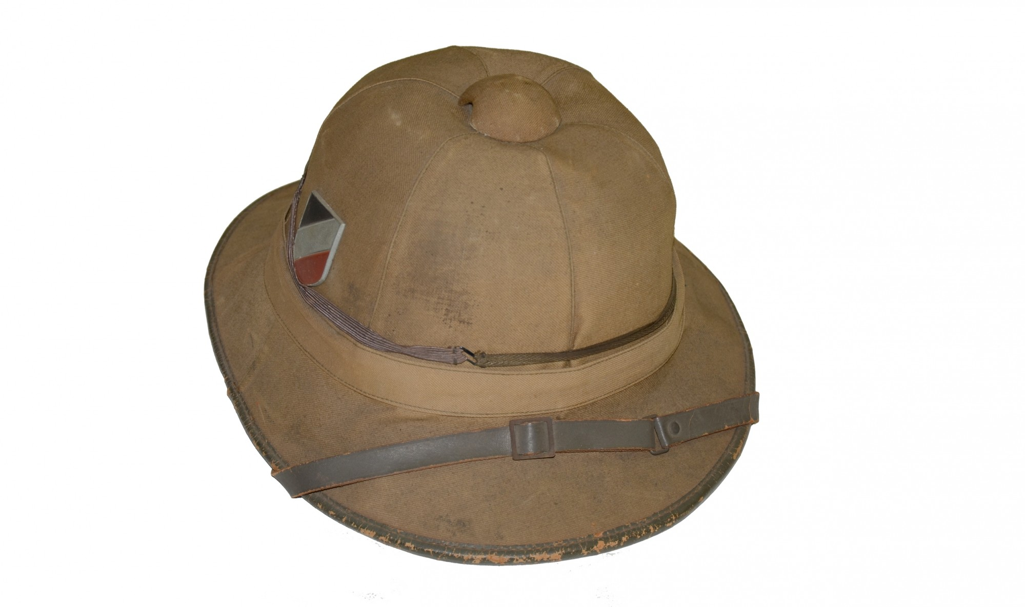 WORLD WAR TWO GERMAN TROPICAL PITH HELMET