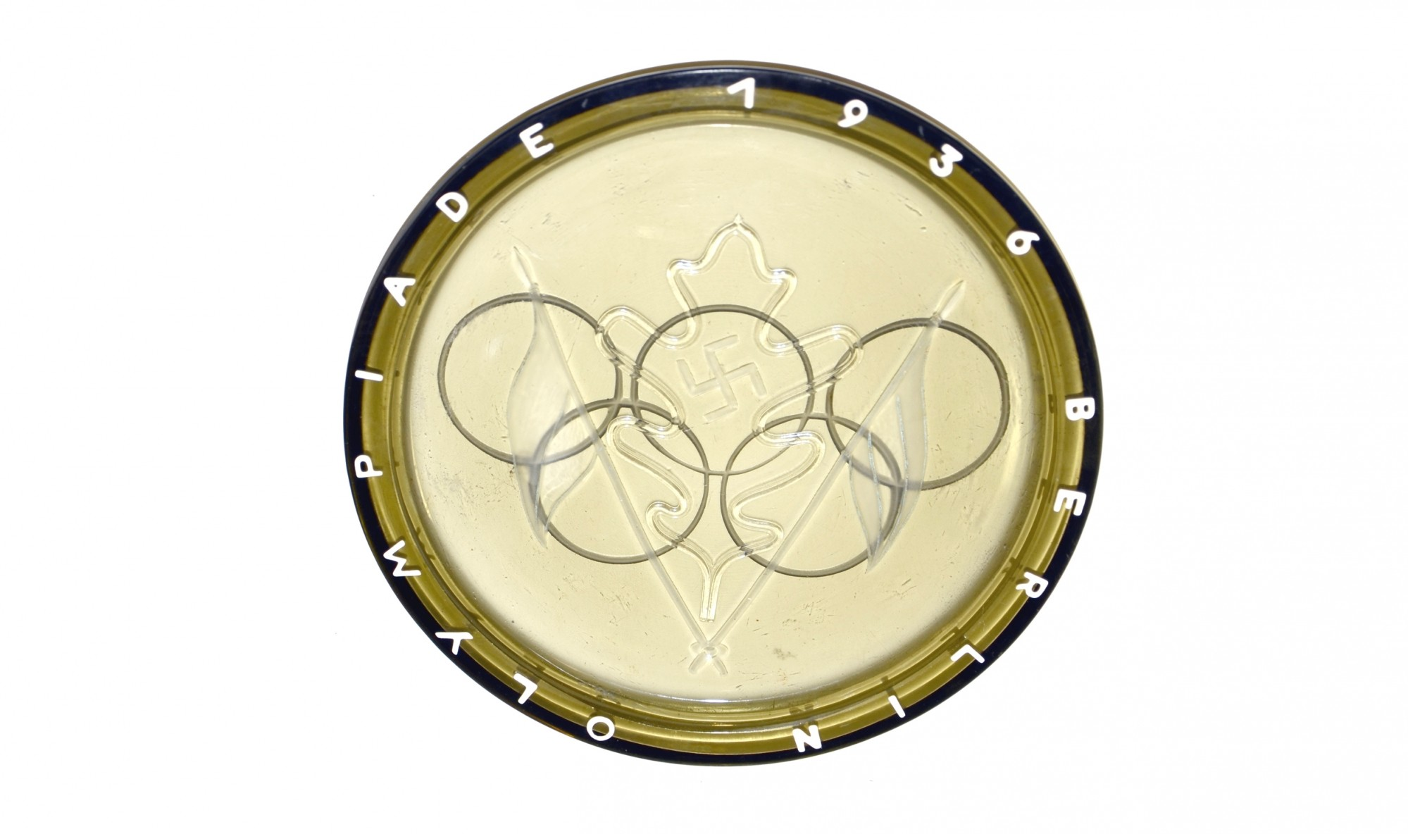 GLASS PLATE/ASHTRAY FROM THE BERLIN OLYMPICS OF 1936