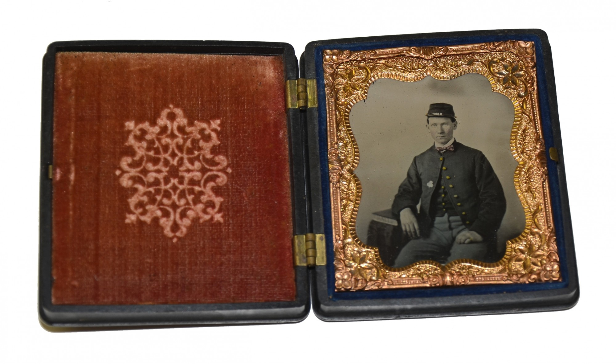 SIXTH PLATE TINTYPE OF 2ND CORPS SOLDIER IN THERMOPLASTIC UNION CASE