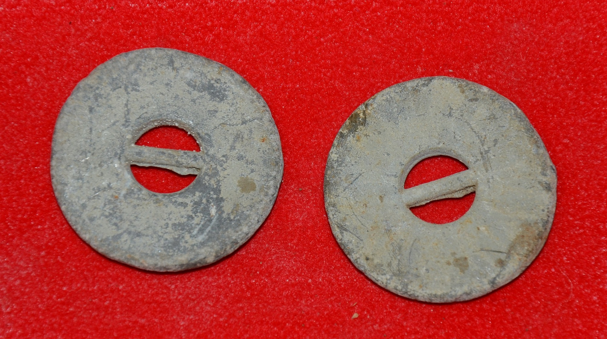 PAIR OF LEAD WEIGHTS FOR AN OFFICER'S FROCK COAT - GETTYSBURG