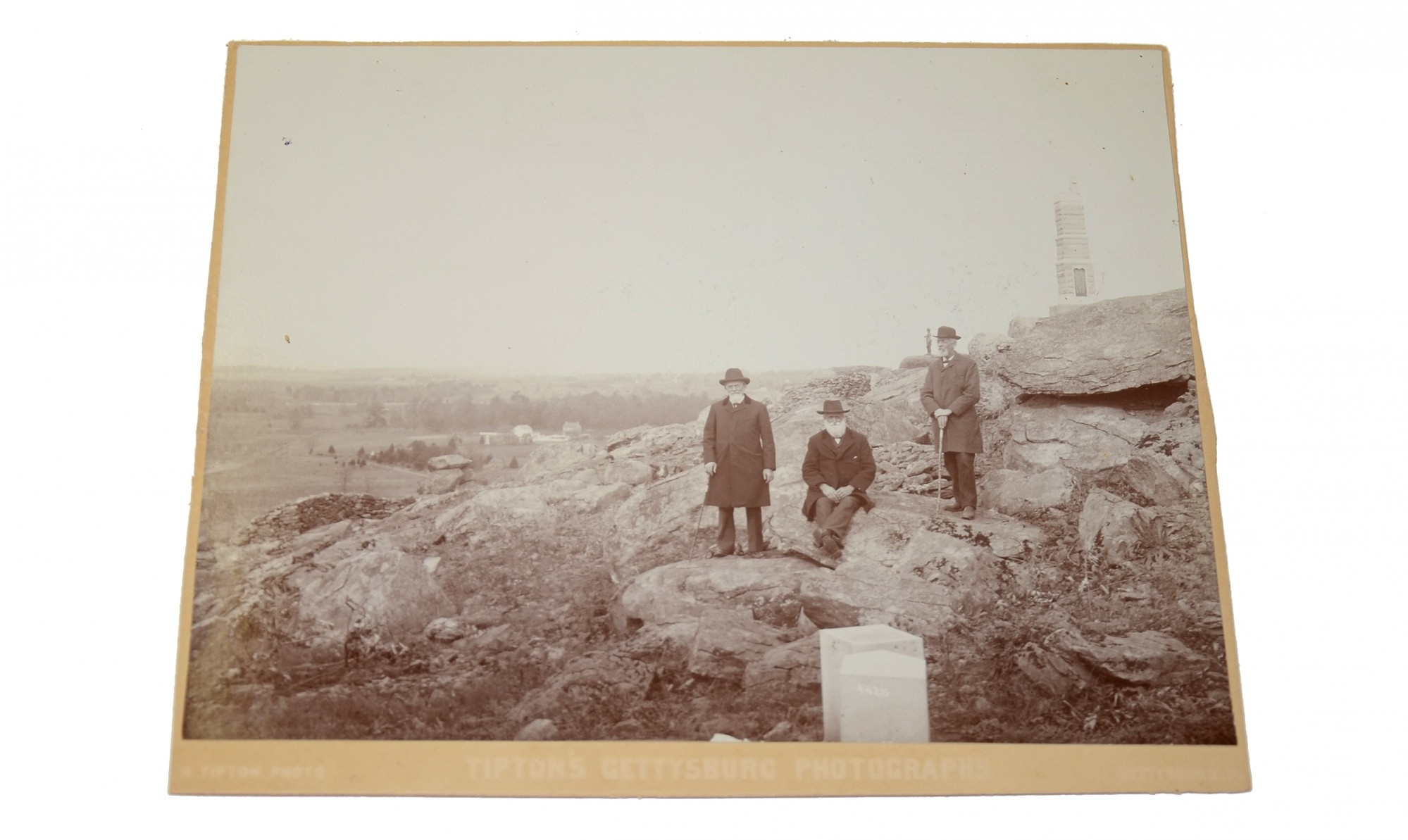 TIPTON CABINET CARD IMAGE OF CIVIL WAR VETERANS ON LITTLE RPOUND TOP