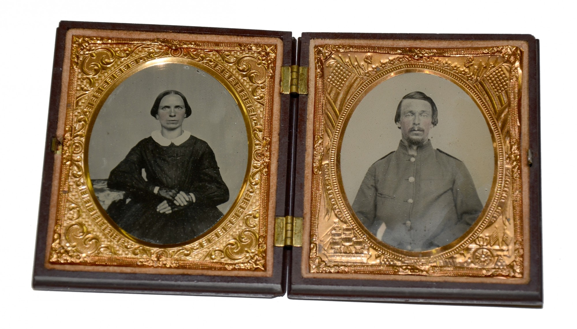 DOUBLE SIXTH PLATE AMBROTYPES OF SOLDIER AND WIFE IN THERMOPLASTIC UNION CASE