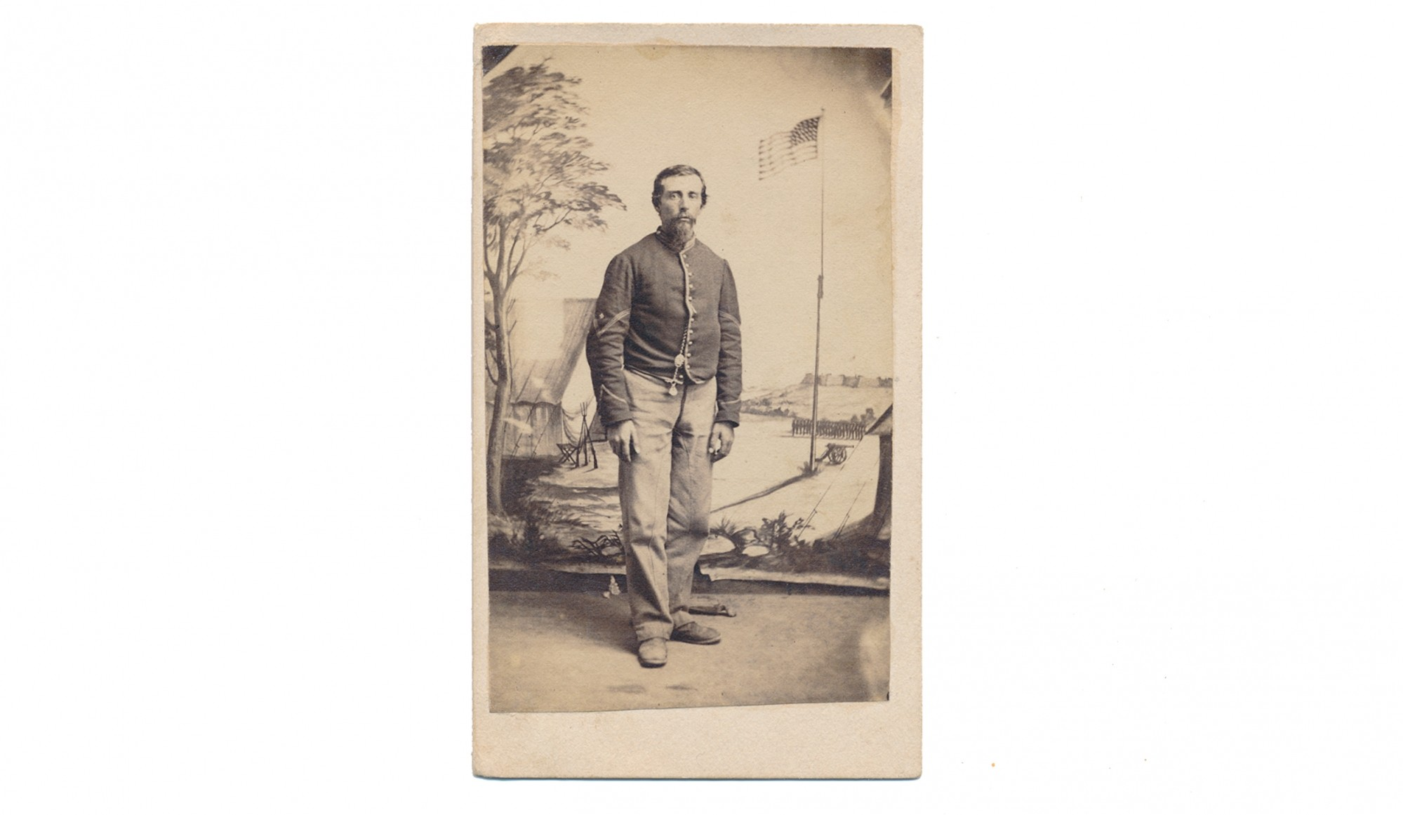 FULL STANDING CDV OF 1ST NEW YORK MOUNTED RIFLES SOLDIER