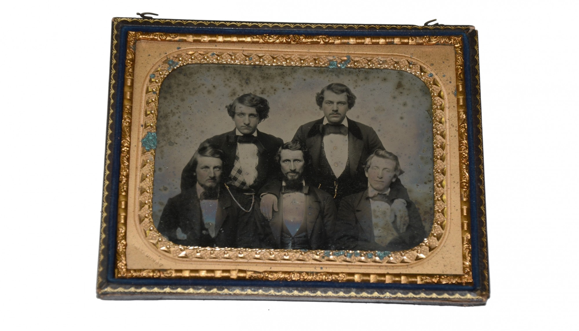 HALF PLATE AMBROTYPE OF CIVILIAN GENTLEMEN