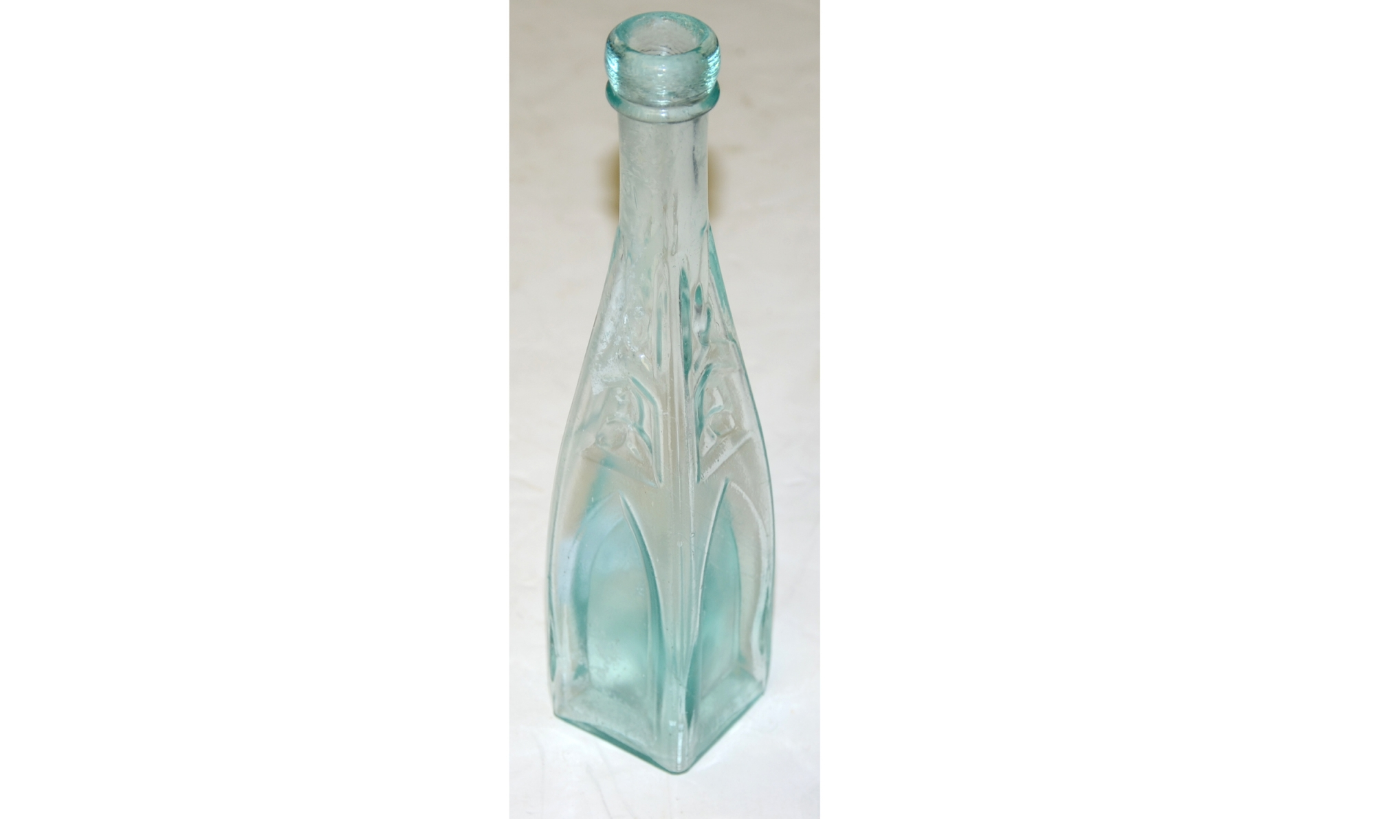 CIVIL WAR ERA CATHEDRAL BOTTLE
