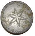 ONE-PIECE COIN STYLE BUTTON WITH STAR DESIGN
