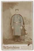 CABINET CARD OF A CIVIL WAR VETERAN IN UNIFORM