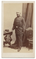 INTERESTING CDV OF US MEDICAL OFFICER IN ENGLISH STYLE UNIFORM