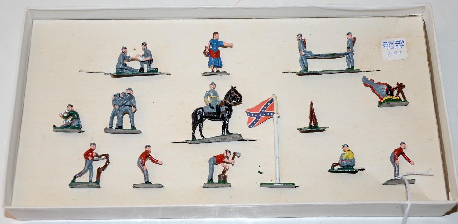 COMPLETE SET OF SAE HANDPAINTED FIGURES FROM THE 1950'S/60'S IN THE ORIGINAL BOX-CONFEDERATE MEDICAL CAMP SET