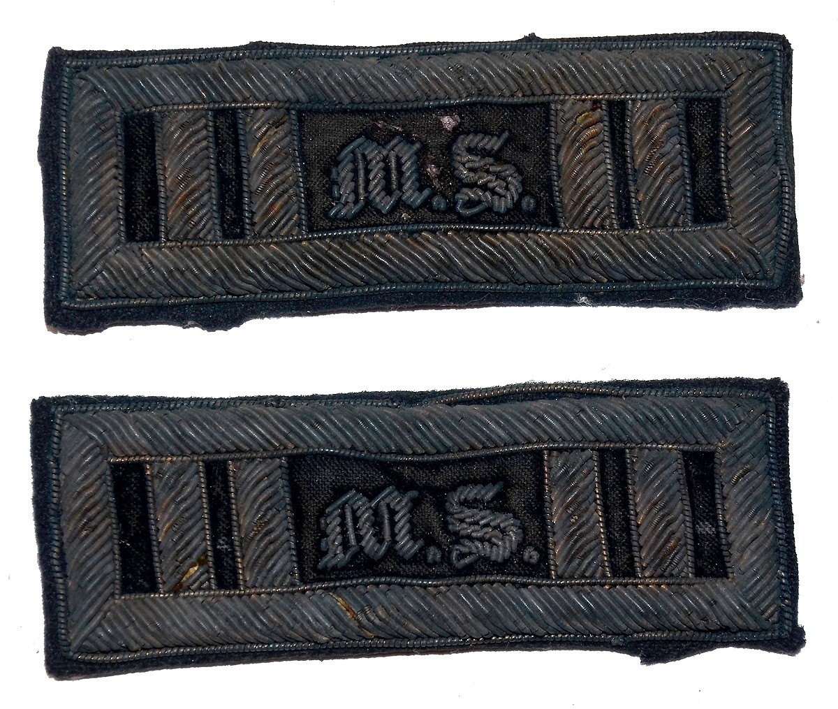 SCARCE MEDICAL STAFF CAPTAIN'S SHOULDER STRAPS
